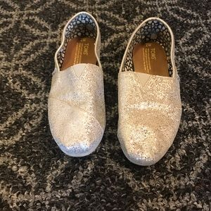 Toms Classic Style Slip Ons Sparkly Silver